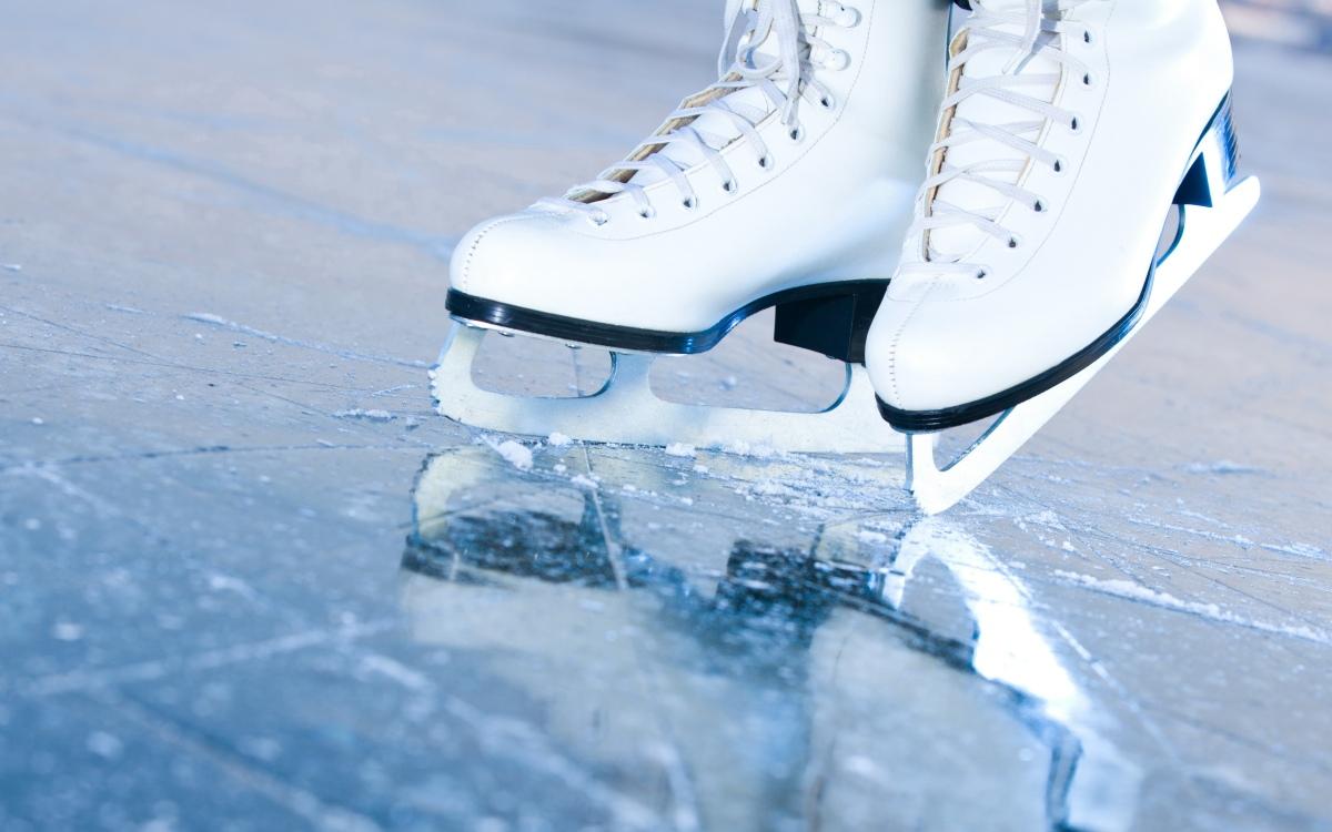ICE SKATING THISSATURDAY!