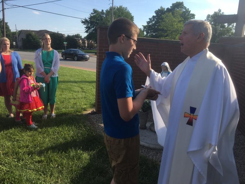 Fr praying